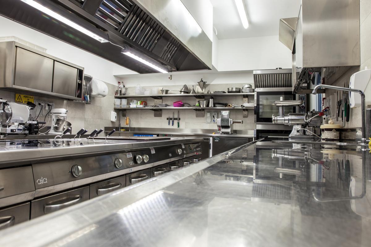 Cucina in acciaio inox alta qualità - Torino