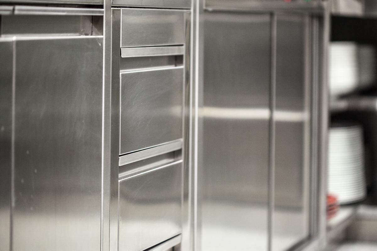 Cucina professionale in acciaio inox per Ristoranti