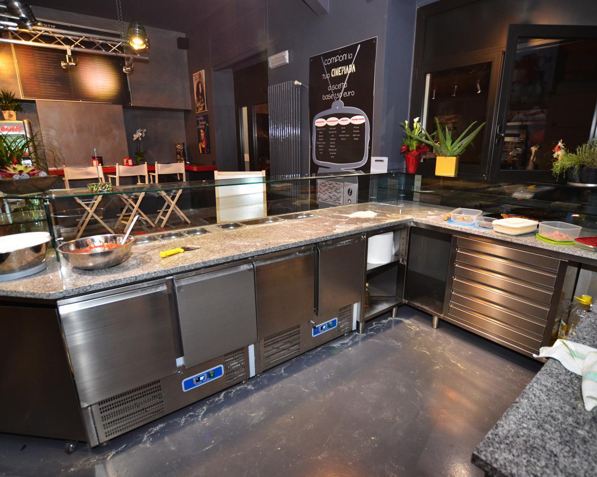 Banco in acciaio inox per Pizzeria - Torino